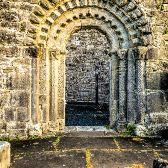 Door of Dysart Church | ClareCoCo