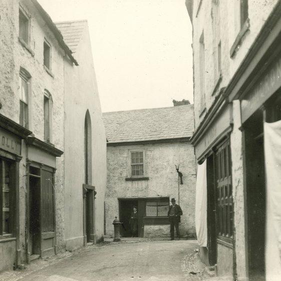 Chapel Lane, Ennis, 1910 | ClareCoCo