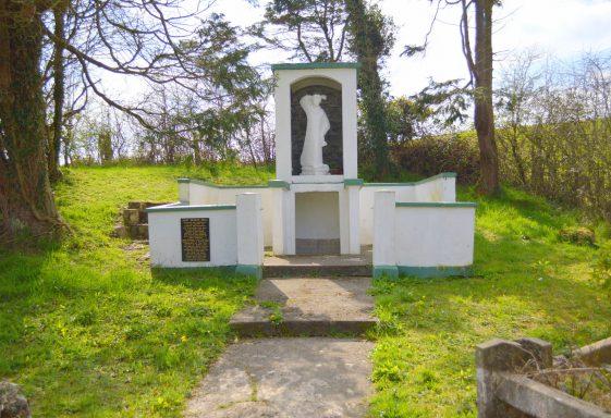 Saint Senan's Holy Well, Tobersenan, Tobar Sheanáin, Leadmore East