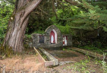 Kiltumper Holy Well, Cill Tiompair   James Feeney