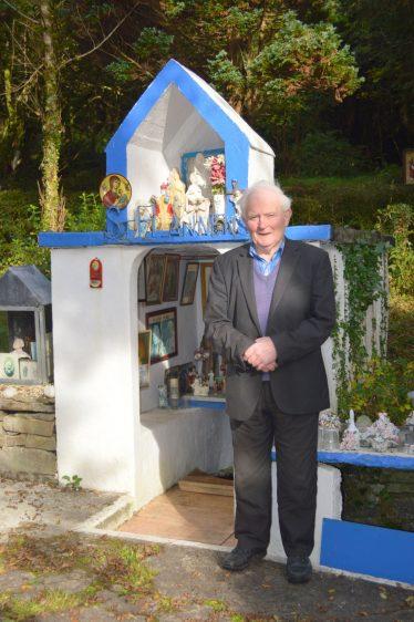 Mr. Johnny Barry, Saint Flannan's Well, Tobar Fhlannáin, Drumanure | Michael Houlihan