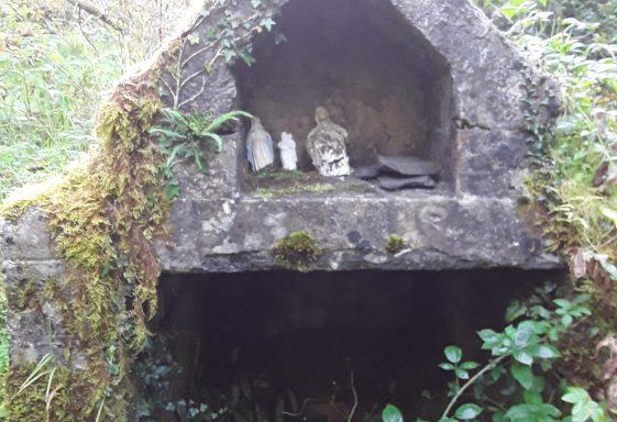Muckinish Holy Well, Muc Inis, Pig Island